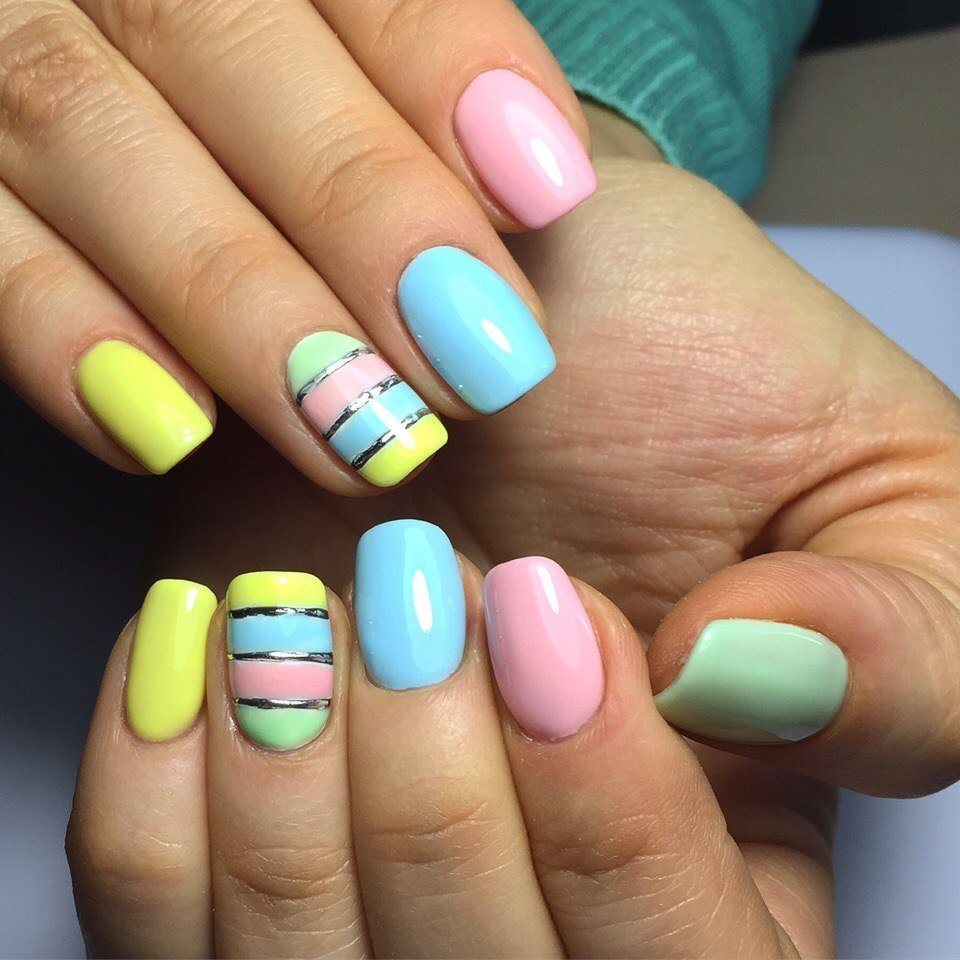 Маникюр на короткие ногти сочетание цветов