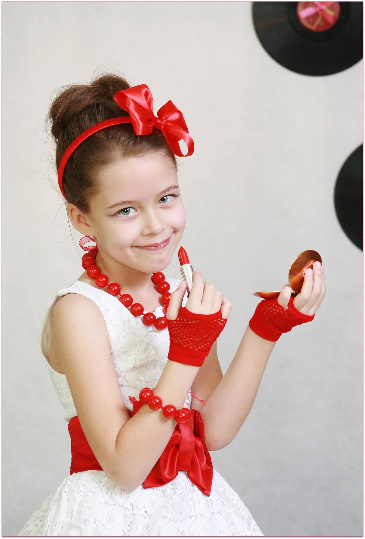 Детская прическа в стиле стиляг