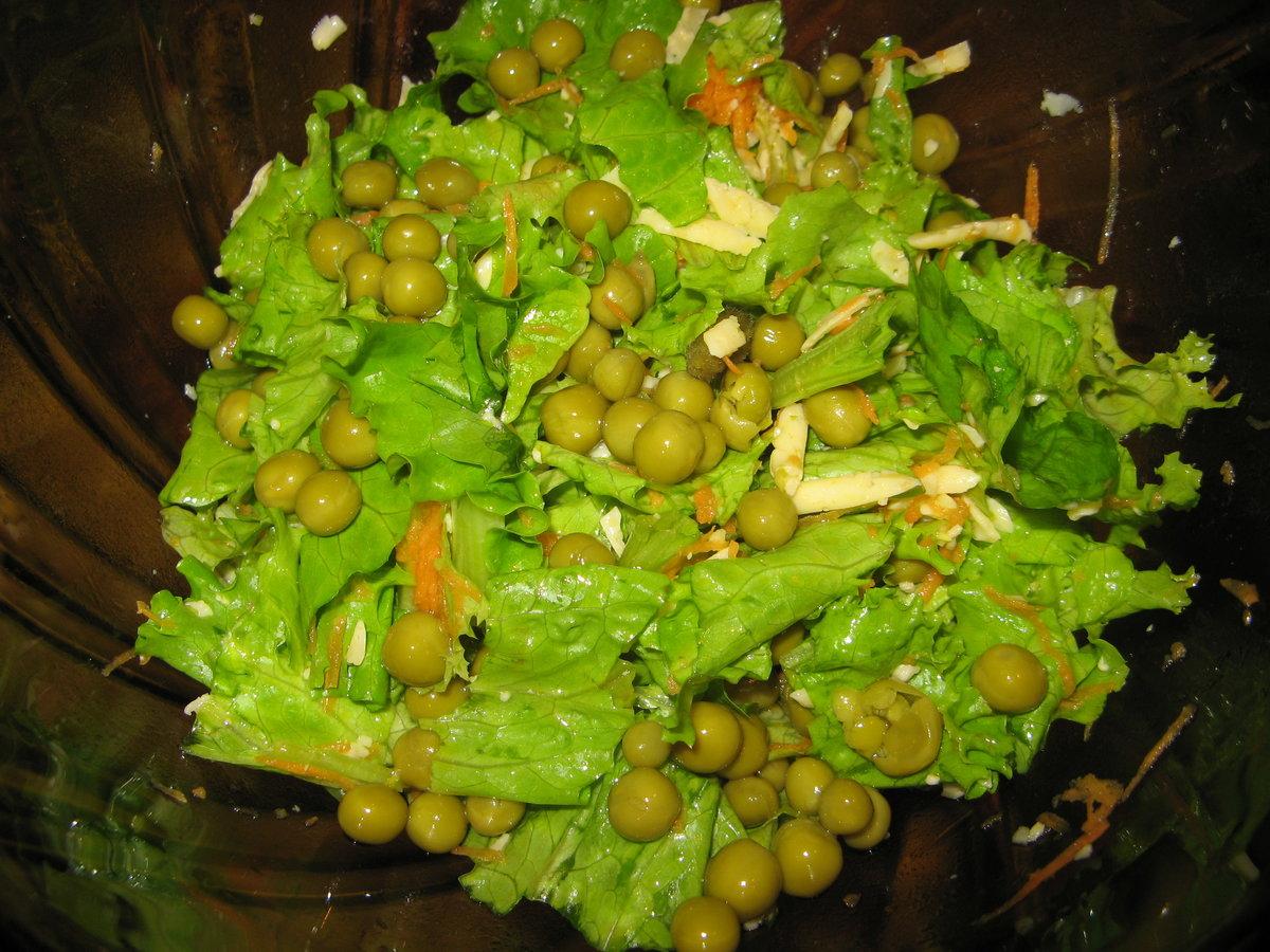 Салат из капусты с зеленым горошком рецепт с