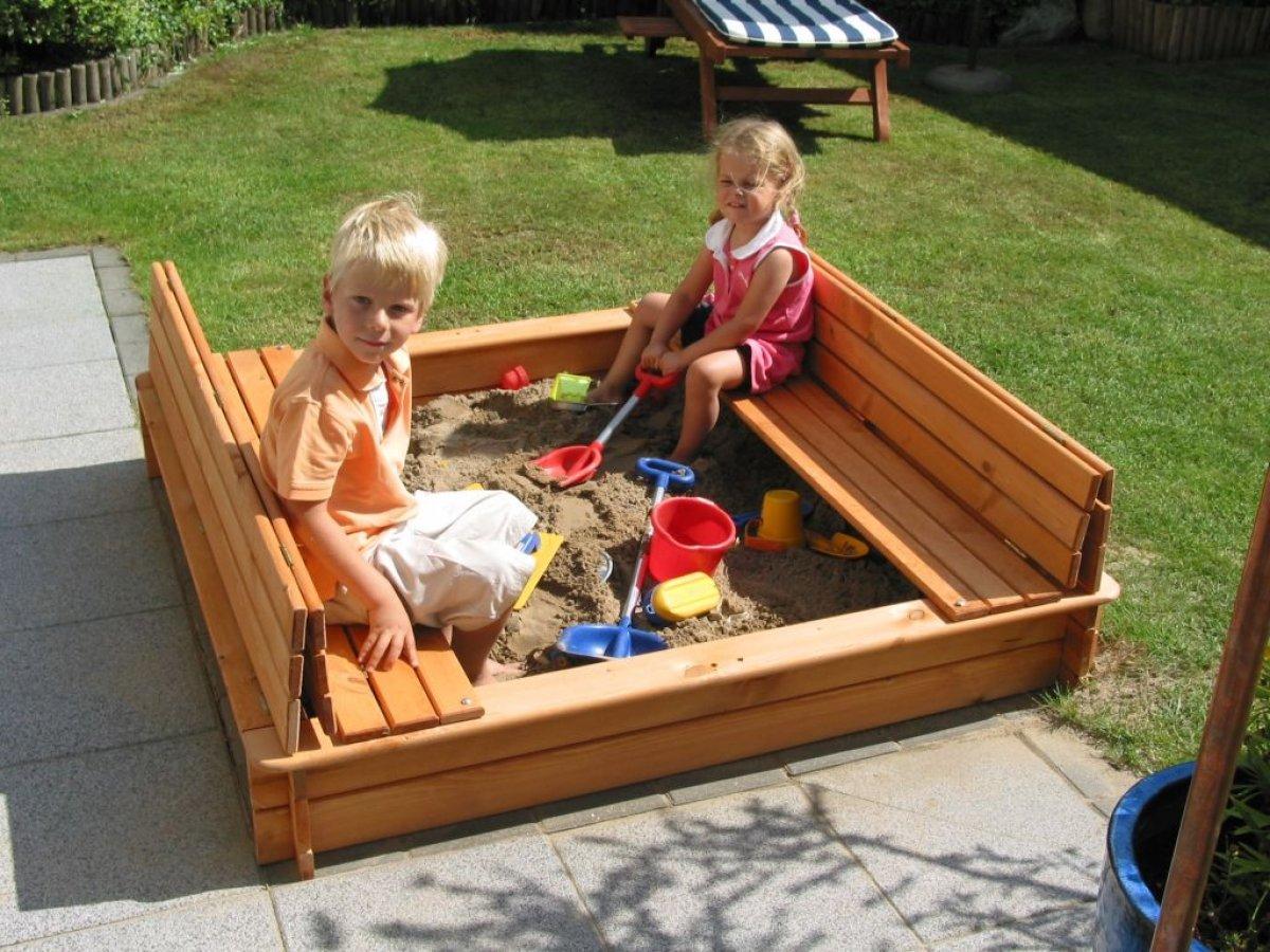 Как построить детскую песочницу своими руками 26