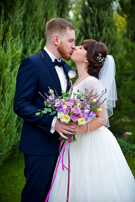 девушка с омбре и цветами фото