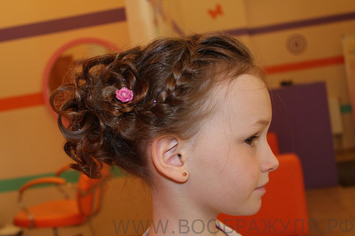 Причёски на выпускной в детский сад на редкие волосы