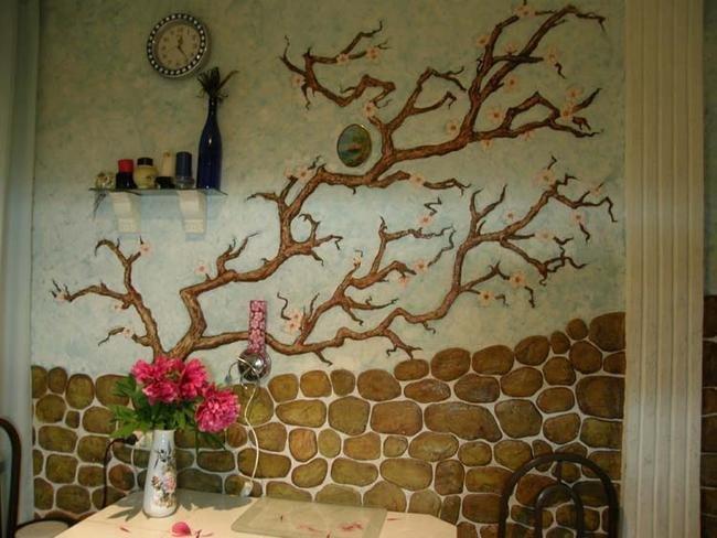 Как раскрасить своими руками стену на кухне 85