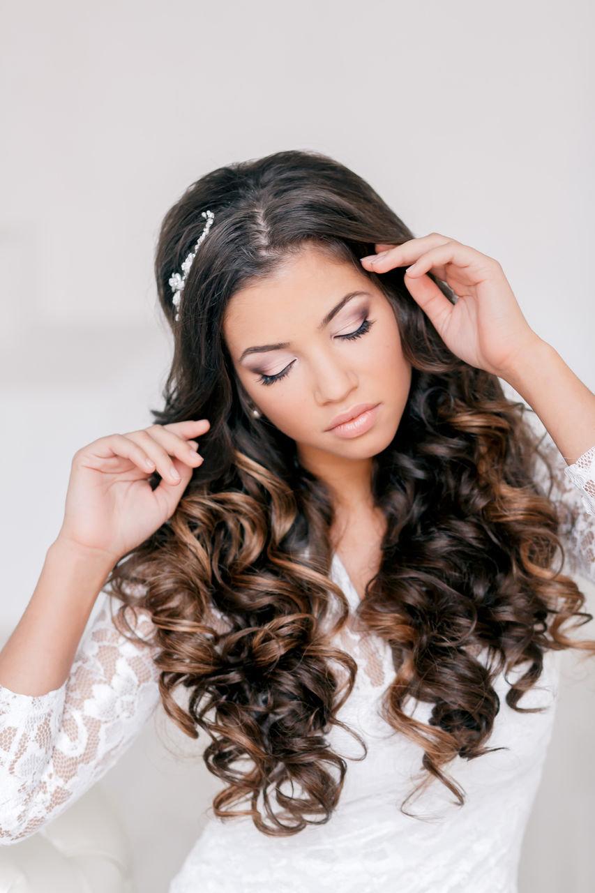 Прическа кудри на длинные волосы