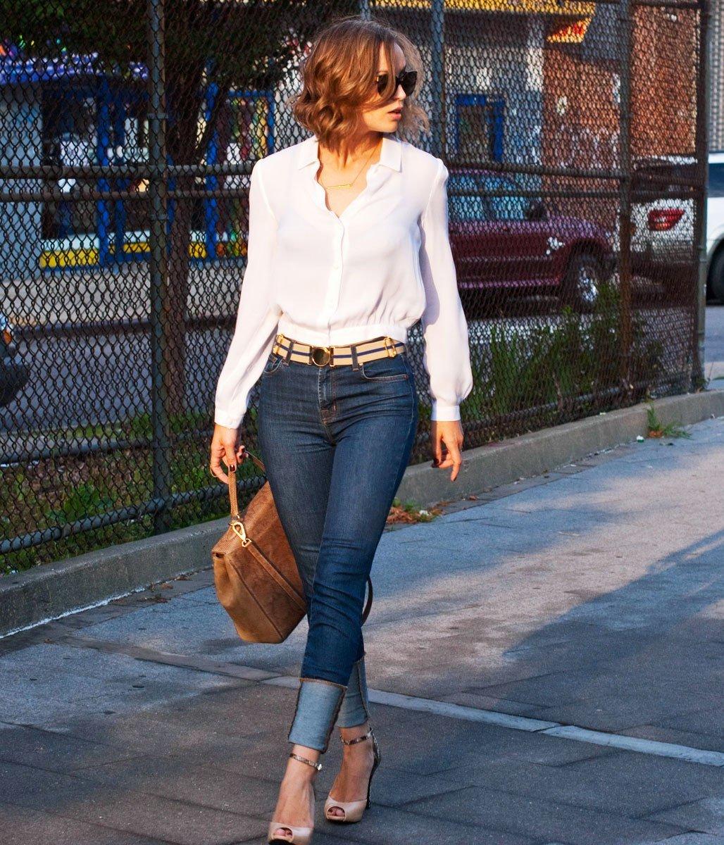 Как носить рубашки с джинсами девушке фото