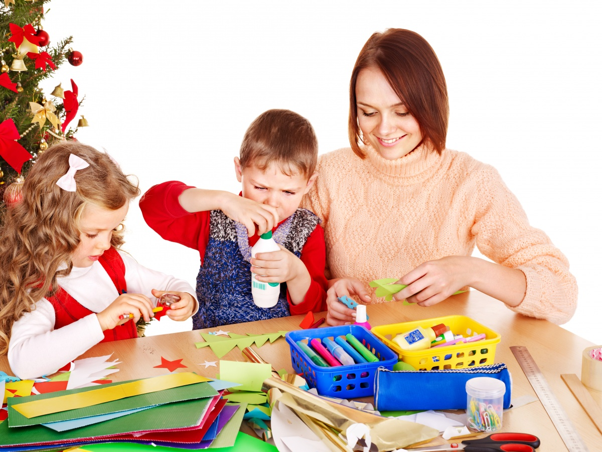 Детская поделка на День матери и другие достижения сына. - в