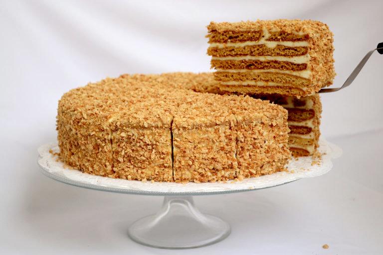 Классический рецепт торта медовый в домашних условиях 926
