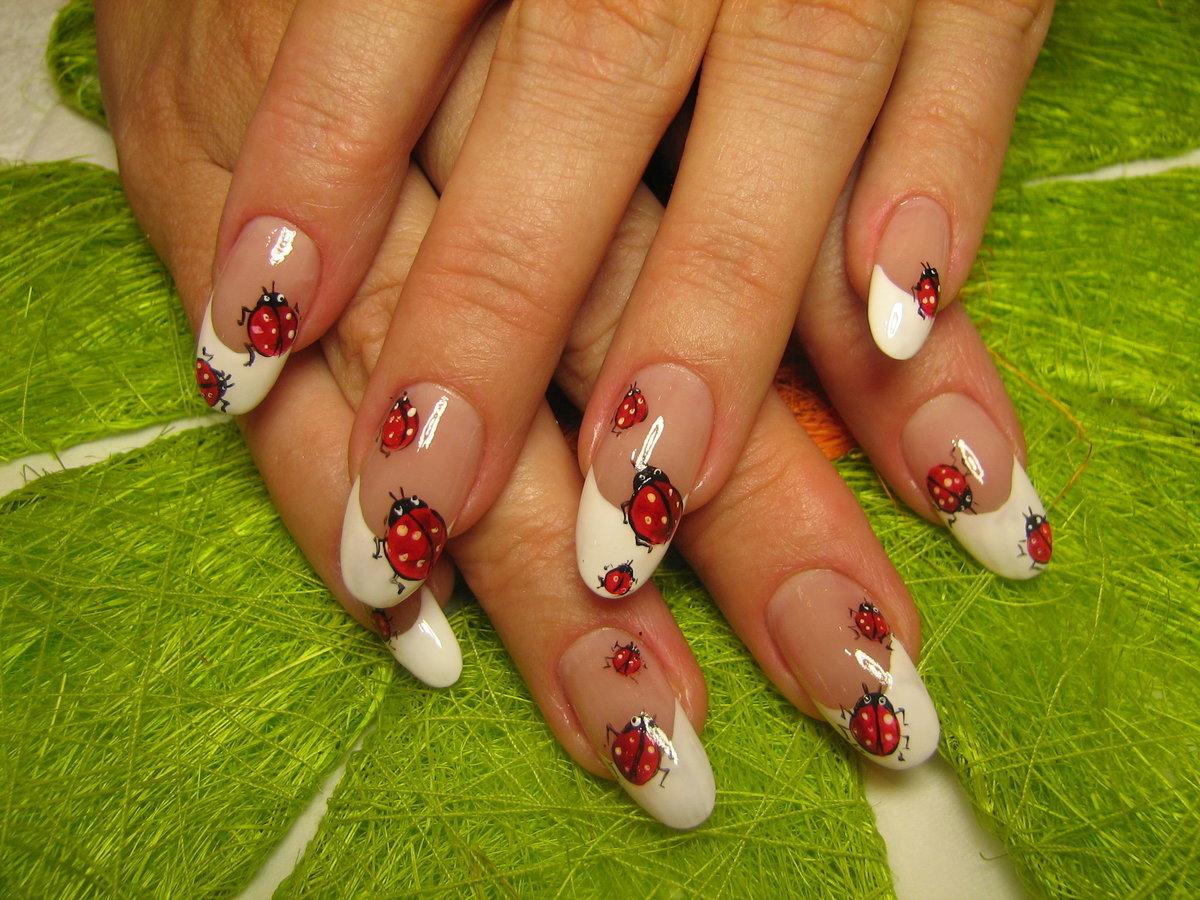Летний дизайн ногтей, яркий летний маникюр с цветами 521