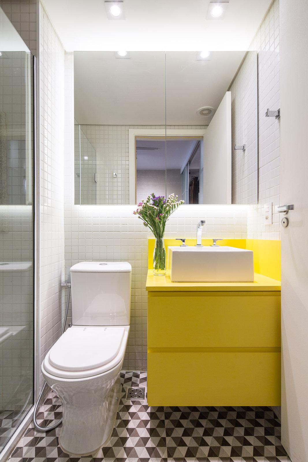 Ванная комната дизайн модная плитка 2018 для маленькой ванны