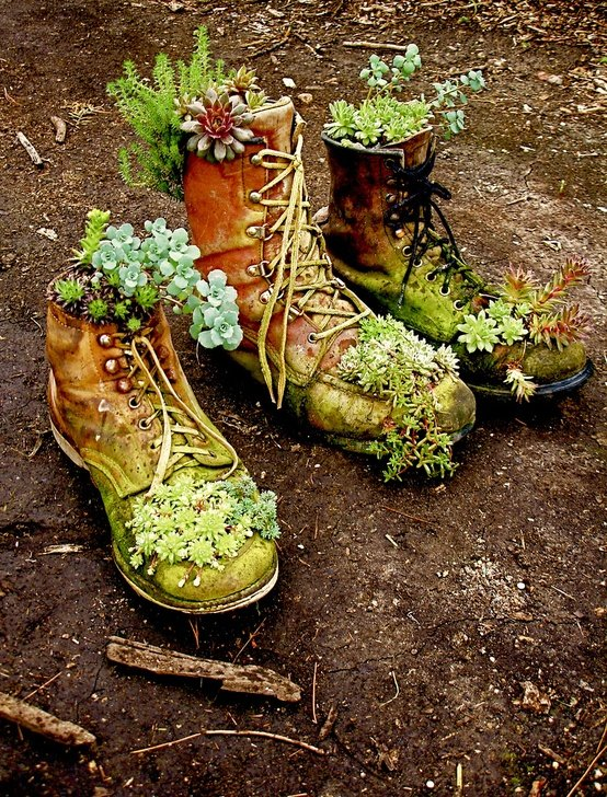 Обувь своими руками сад