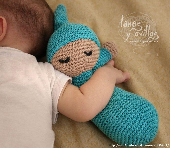 Вязание игрушек для новорожденных крючком 60