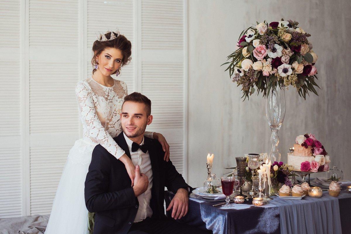 Свадебная фотосессия в студии: интересные и оригинальные идеи 12