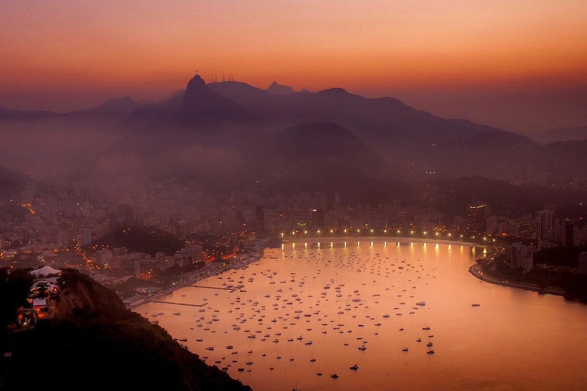 Рио-де-Жанейро перед рассветом  № 1457535 без смс