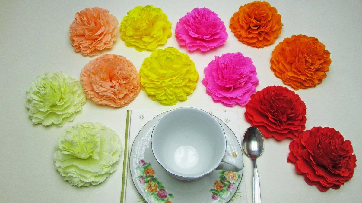 Простые цветы из бумажных салфеток своими руками