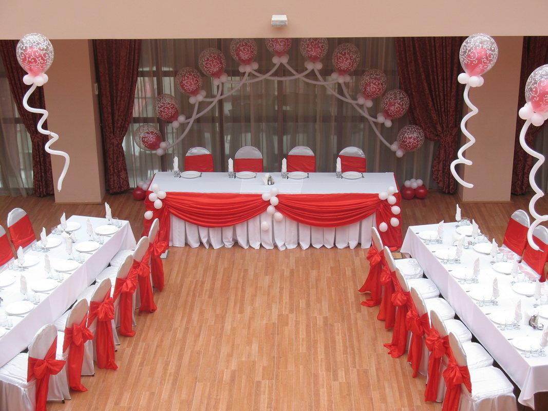 Украшения зала на свадьбу своими руками в красном цвете 6