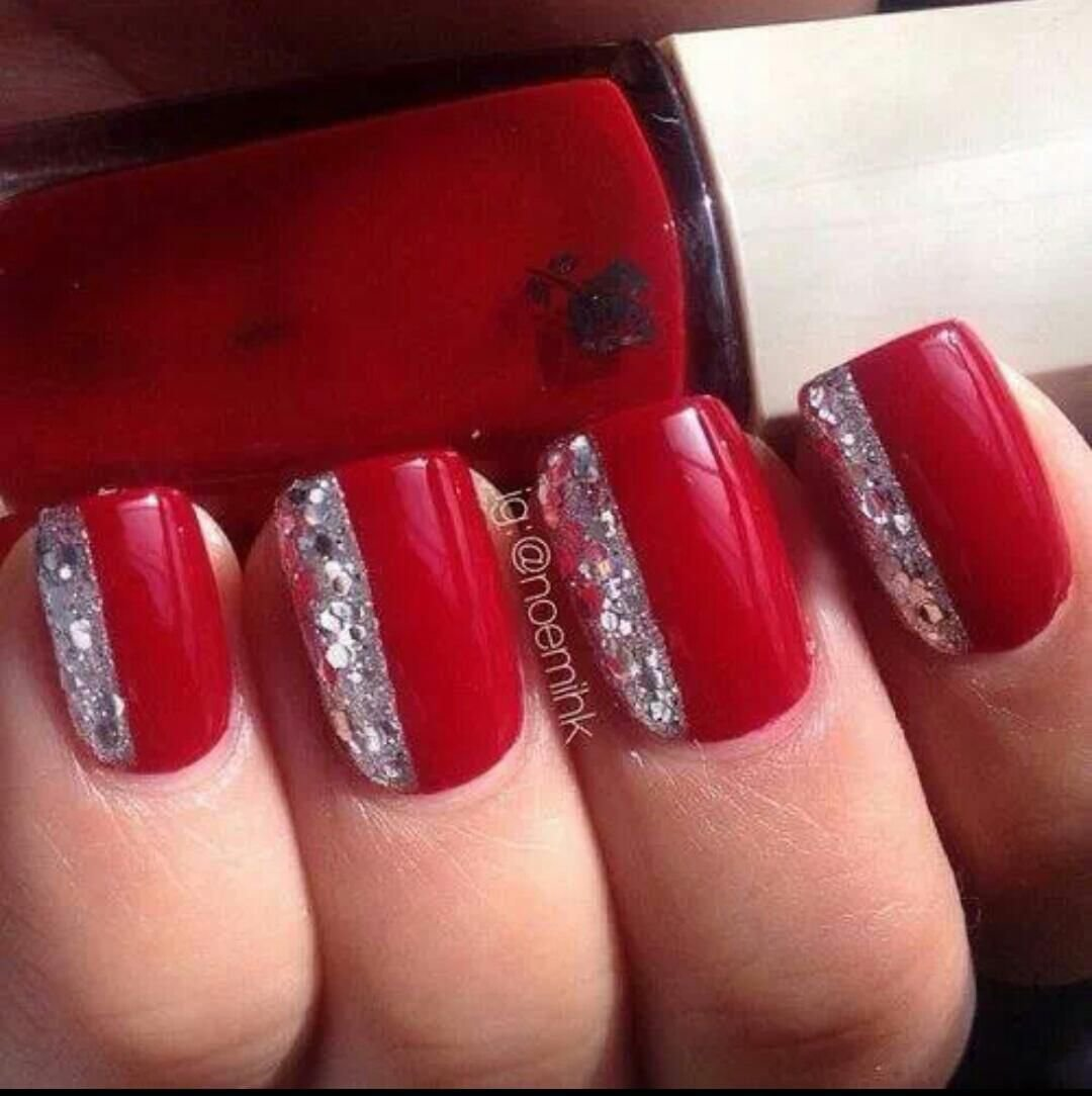 Маникюр с красным и серебристым лаком фото