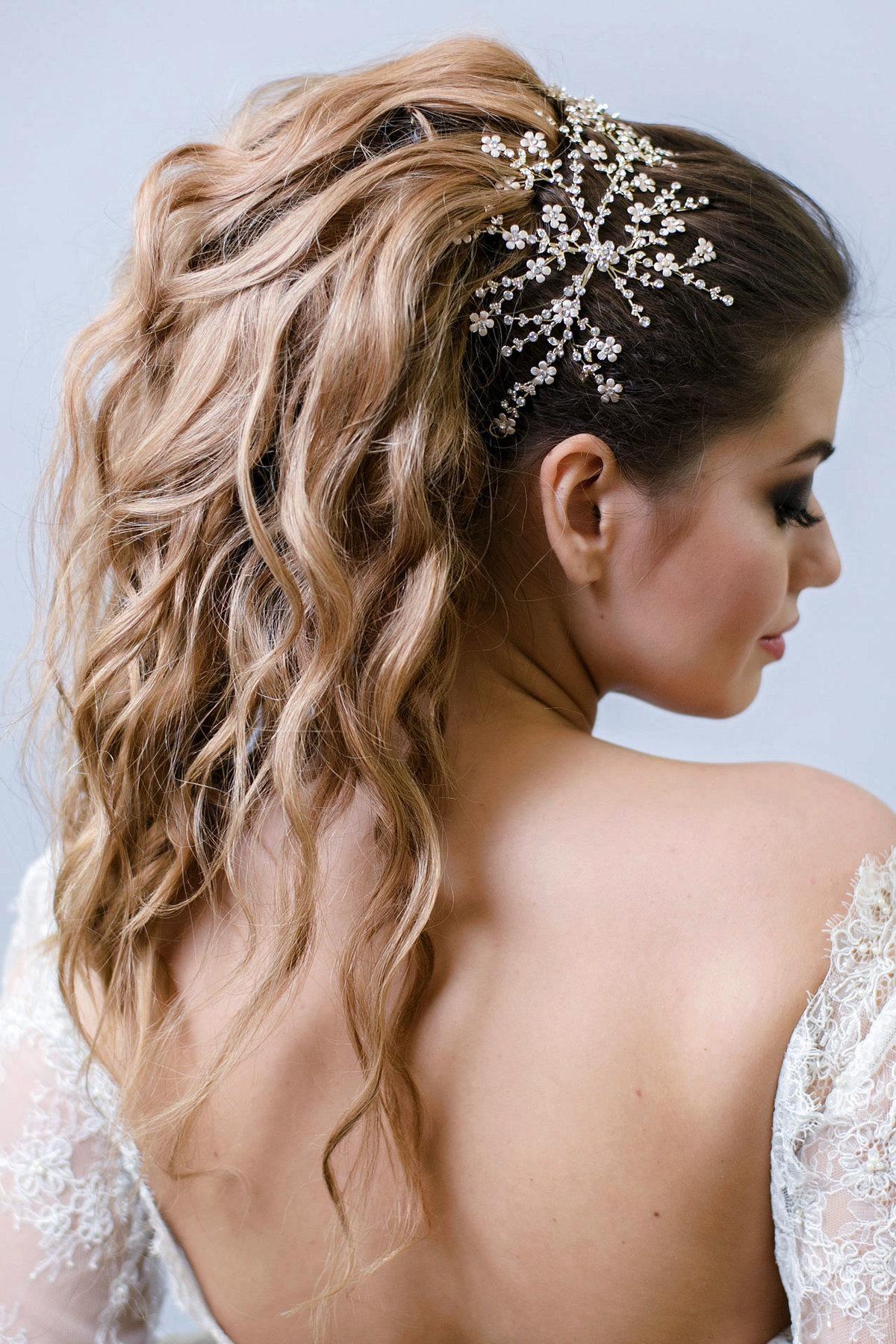 Свадебные прически на длинные волосы хвост фото