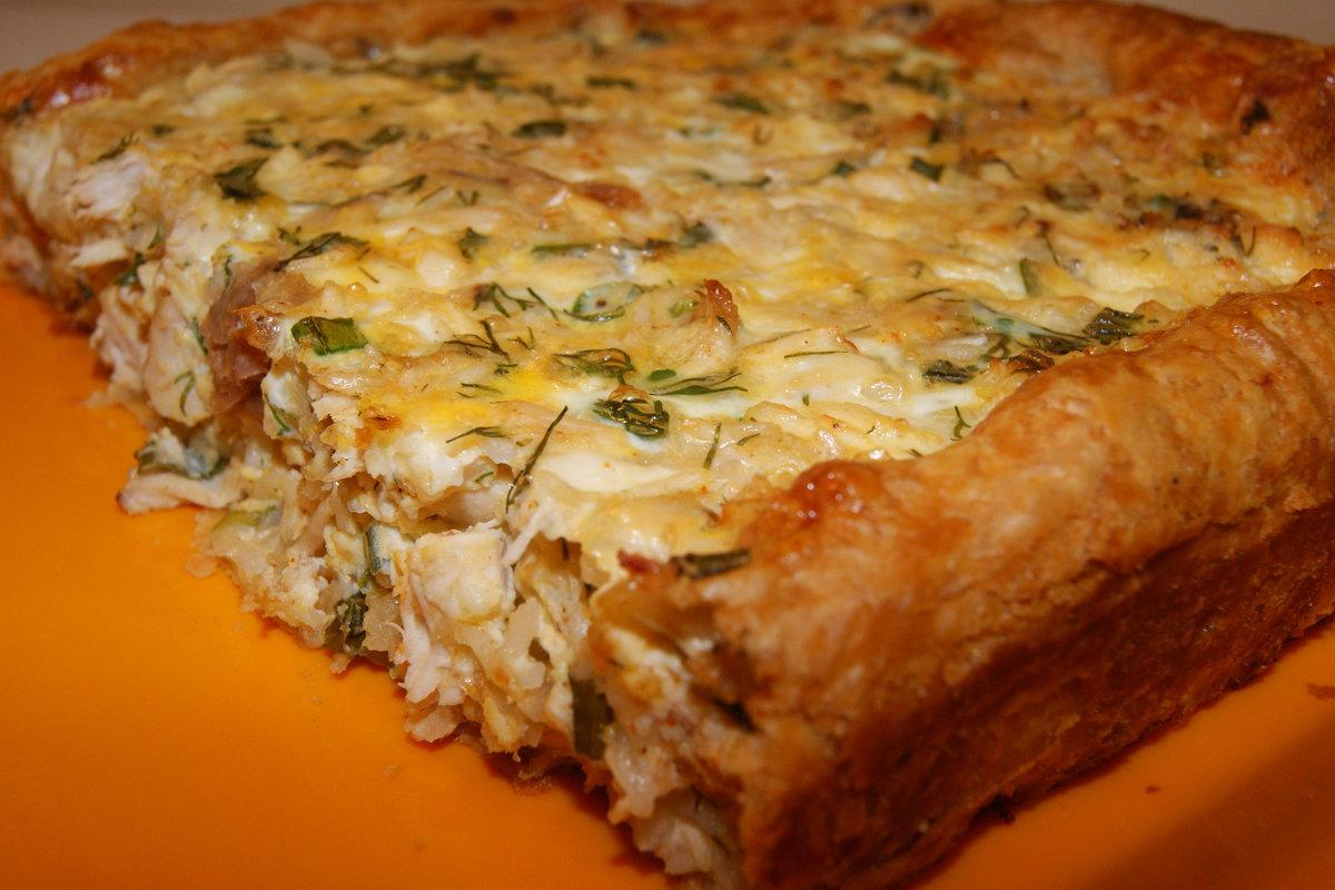 Пирог с куриным фаршем и слоеным тестом рецепт