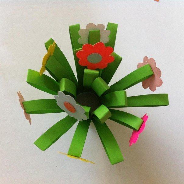 Как из цветной бумаги сделать букет цветов