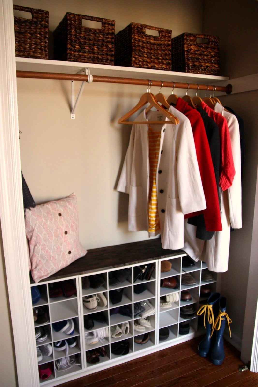 Гардеробная комната в квартире своими руками