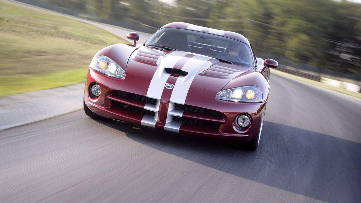 красный спортивный автомобиль Dodge Viper SRT  № 1128562 бесплатно