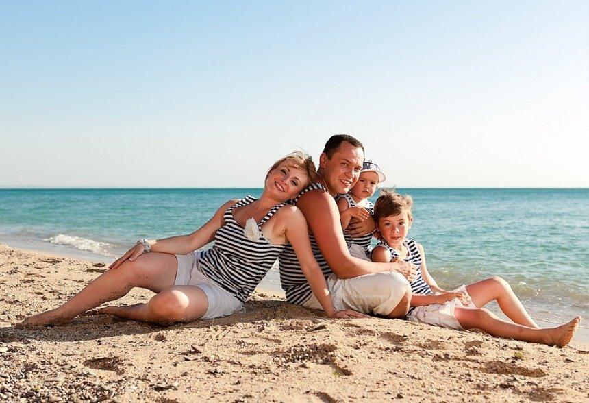 Идеи для фото с детьми на пляже