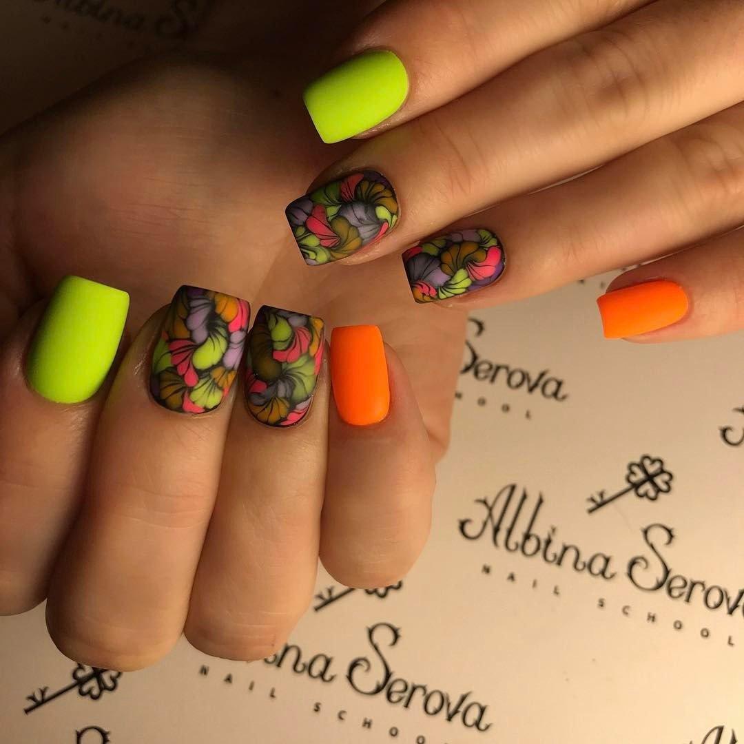 Яркие ногти 2017 модные идеи сезона лето острые