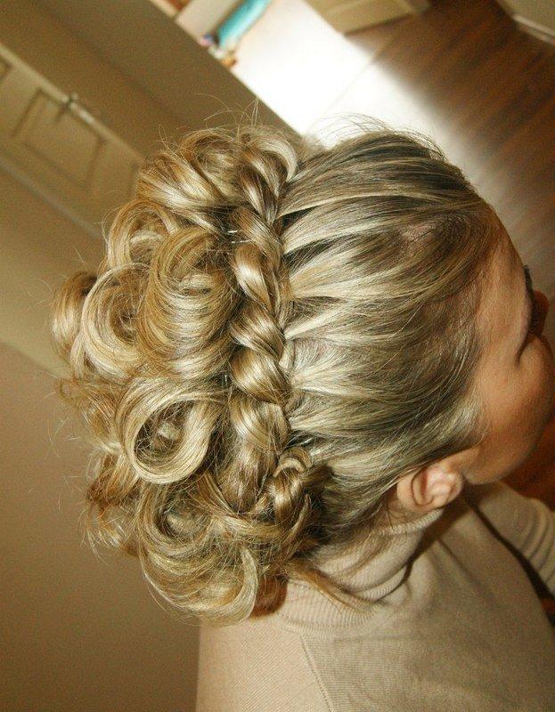 Косоплетение прически на средние волосы
