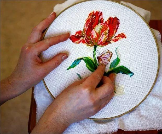 Вышивка по ткани своими руками 22