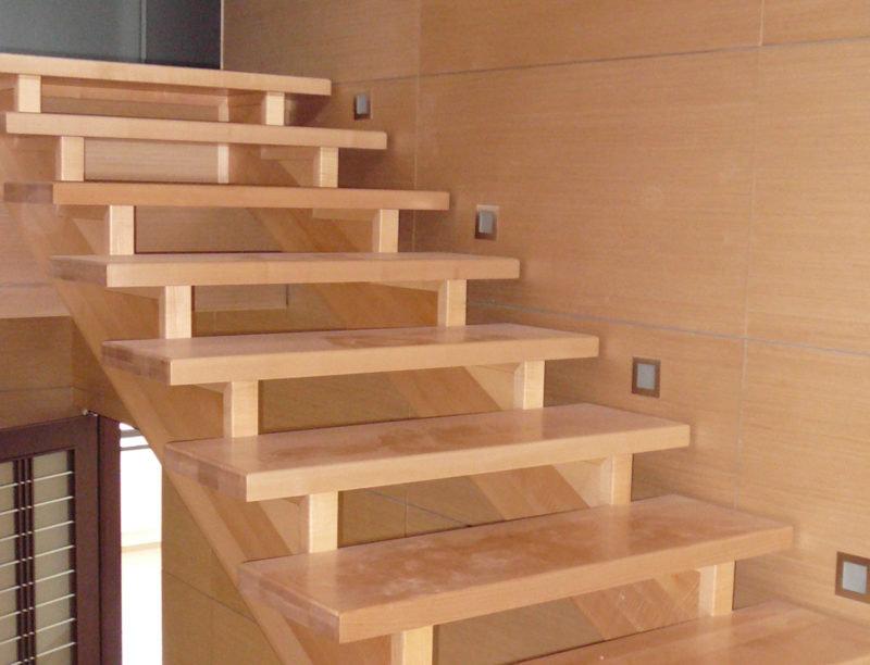 Изготовление лестницы из дерева на второй своими руками этаж цена 52