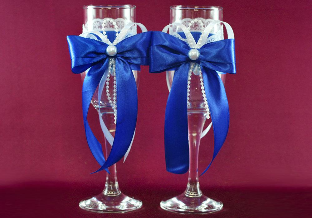 Сине-белые фужеры для свадьбы
