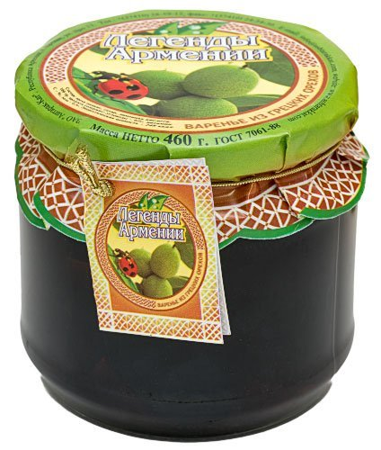 Армянский варенья из зеленых грецких орехов