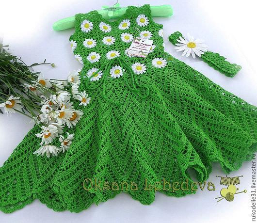 Платье для девочки из ромашек вязание
