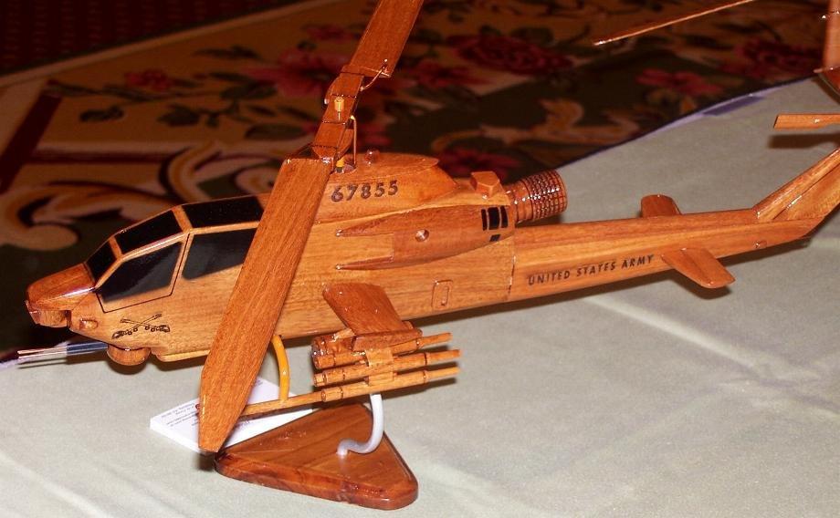 Как сделать поделку, игрушку из дерева самолет, вертолет