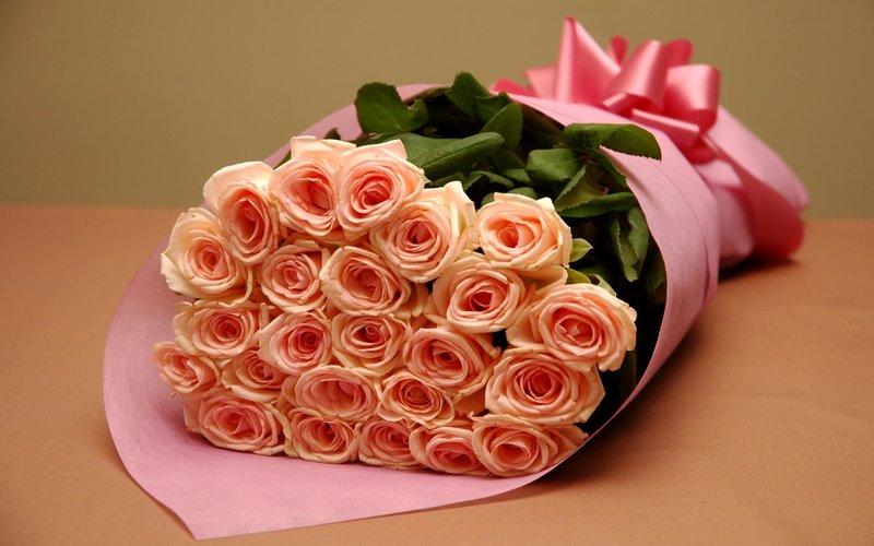 Красивый букет цветов на день рождения девушке