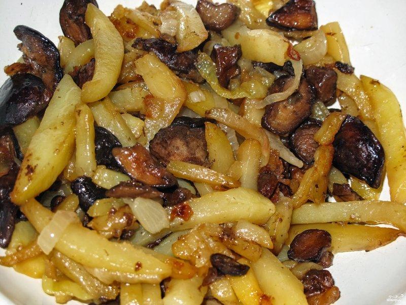 Грибы с картошкой на сковороде рецепт с пошагово