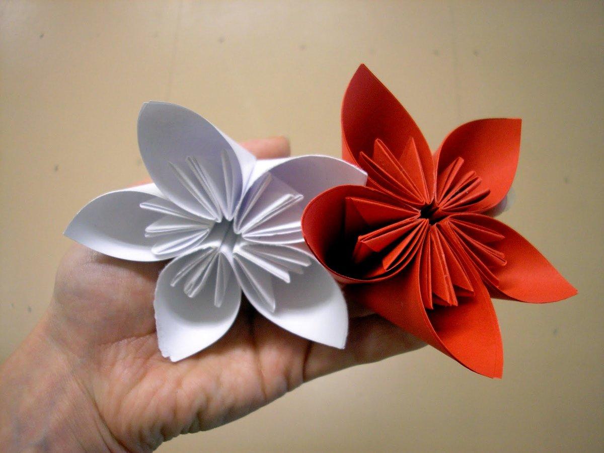 Поделки своими руками фото цветы из бумаги своими руками 36