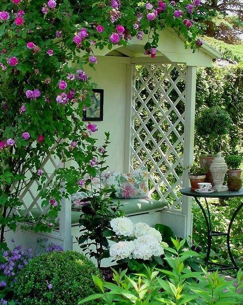 Уютные уголки в саду своими руками фото 91