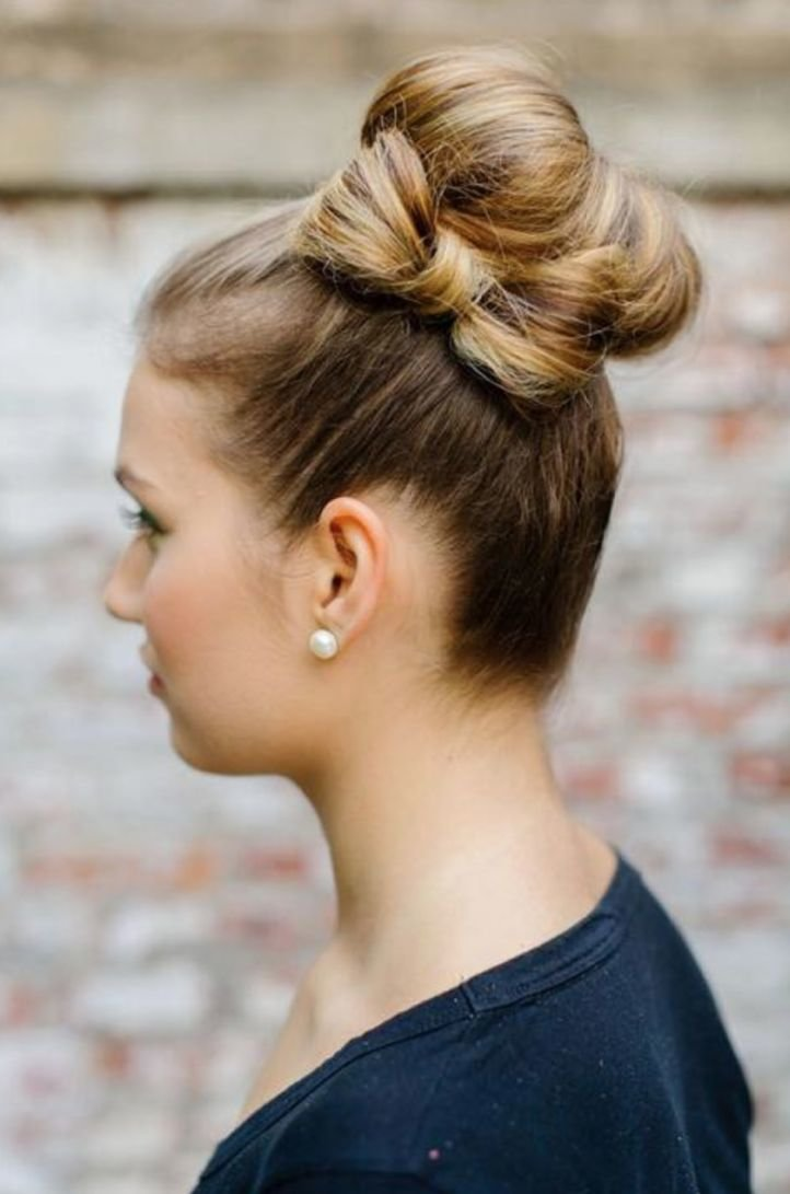 Прически с бантиками в волосах