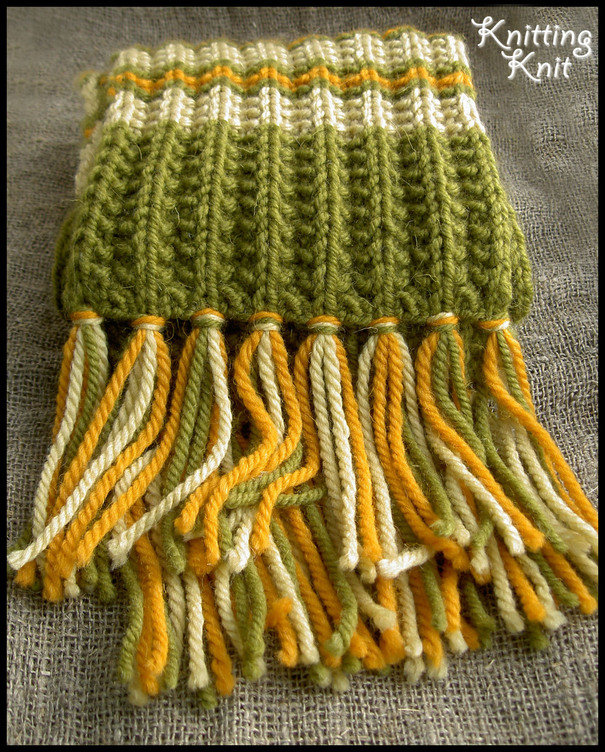 Как сделать на вязаном шарфе