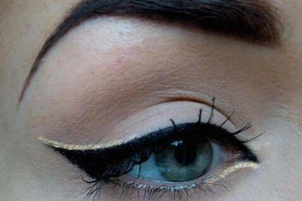 Макияж со стрелками на голубые глаза