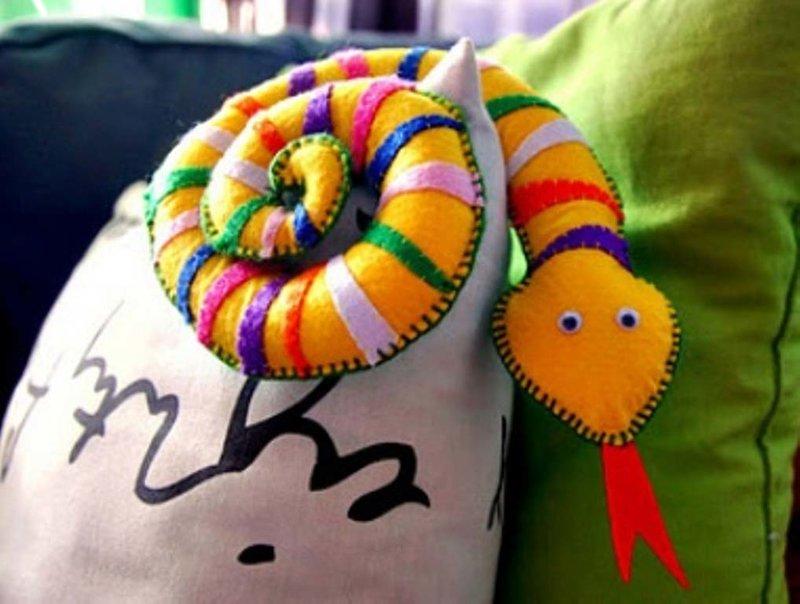 Поделки своими руками на год змеи