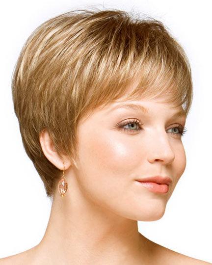 Прически на короткие волосы для женщин 45 лет