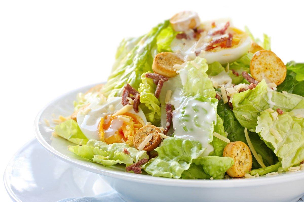 Как готовить салат цезарь с курицей и сухариками рецепт с пошагово