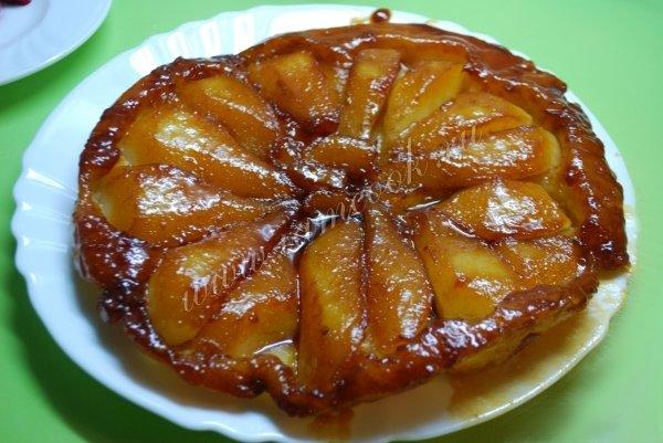 Рецепт пирога с грушей карамелизированной