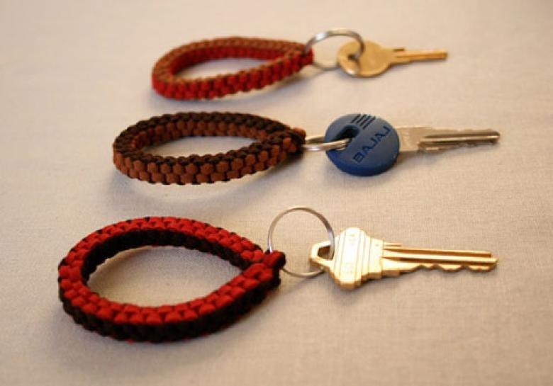Сделать брелок на ключи своими руками