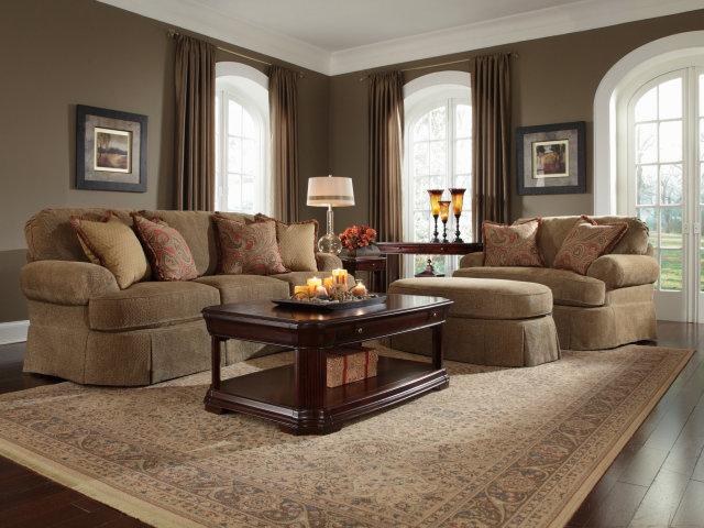 Стиль гостинная диван светлая  № 87415  скачать