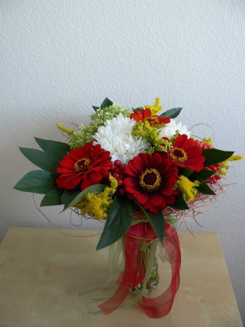 Составление букетов из живых цветов 58