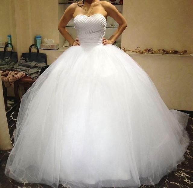 Очень пышные свадебных платьев
