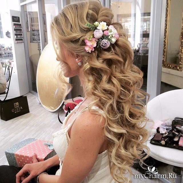 Свадебная причёска с локонами